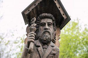 Vilniuje atkurtas paminklas garsiam Lietuvos knygnešiui