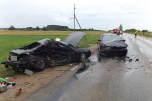 Avarija Druskininkuose: susidūrus trims automobiliams sunkiai sužalotas vairuotojas
