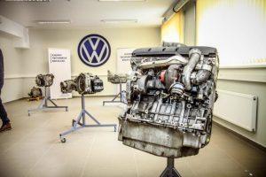 """Kauno technikos kolegijoje atidaryta """"Volkswagen"""" laboratorija"""