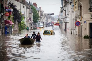 Per didžiulius potvynius Prancūzijoje ir Vokietijoje nuskendo keturi žmonės