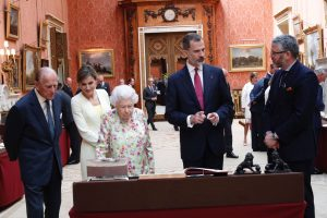 Didžioji Britanija surengė pompastiškas sutiktuves Ispanijos karaliui ir karalienei