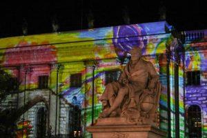 Berlynas tapo šviesos meno scena