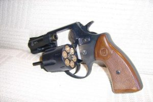 Klaipėdoje vaikas rado revolverį