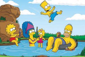 """Mirė animacinio serialo """"Simpsonai"""" garsintojų kolektyvo narė  M. Wallece"""