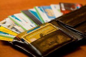 Į turgų – su banko kortele