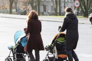 Mamos dieną vilniečiai kviečiami švęsti motinystę