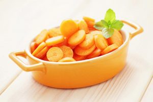 Kuo naudingos morkos ir kiek jų suvartoti?