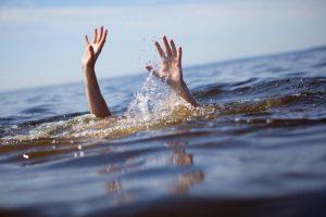Išgelbėtas Platelių ežere skendęs žmogus