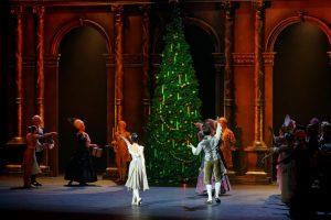 """Spragtukas"" įžiebs Operos teatro Kalėdų eglę"