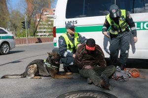 Miesto centre – daugybė policijos, aidėjo šūviai