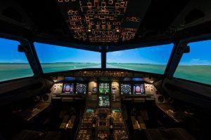 """""""Wizz Air"""" plečia mokymų centrą: pristatytas naujas simuliatorius"""