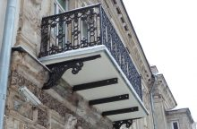 Įsibėgėjo Vilniaus senamiesčio balkonų atnaujinimo vajus