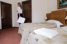 Uostamiesčio viešbutyje vyras smaugė darbuotoją, gadino daiktus