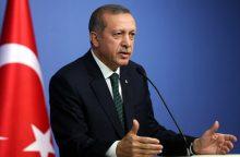 Prezidentas R. T. Erdoganas savo santaupas iškeitė į Turkijos liras