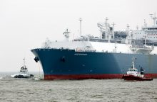 Į Lietuvą atplaukia naujas SGD krovinys
