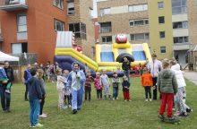 Gyventojus suvienijo kaimynų šventė