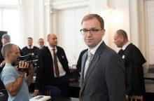 Teismas nepanaikino V. Gapšiui draudimo išvykti iš šalies