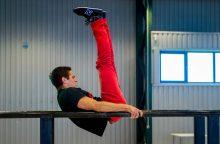Sostinės moksleiviai kviečiami išbandyti gatvės gimnastiką