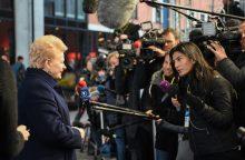 D. Grybauskaitę nustebino klausimas apie pažeidžiamas lietuvių teises