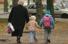 Pirmą kartą nustatoma amžiaus riba, iki kurios vaiko negalima palikti vieno