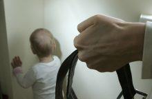 """Teisėsauga turėtų keisti požiūrį į """"beržinę košę"""" ir vaikų gąsdinimą"""