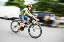 Vilniuje taksi automobilis partrenkė paauglį dviratininką
