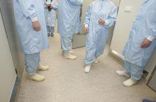 Gydytojai-rezidentai skundžiasi: net kasininkai uždirba daugiau