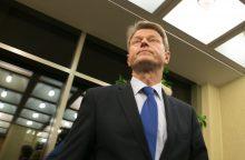 Lietuvai gresia sankcijos, jei Seime nepajudės pataisos dėl R. Pakso