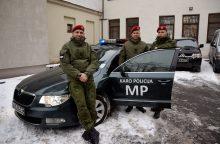 Karo policininkai išgelbėjo skęstantį žveją