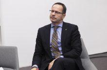 Ž. Pavilionis stebisi, kodėl nekalbama apie naujas sankcijas Kremliui