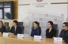 Įvardijo, ko Lietuvoje trūksta įtėviams ir globėjams