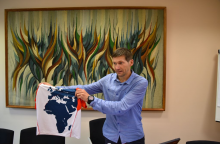 Ugniagesys A. Ardzijauskas pradeda bėgimą iš Dakaro į Vilnių