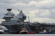 """Rusija šaiposi: naujasis D. Britanijos lėktuvnešis tėra """"patogus taikinys"""""""