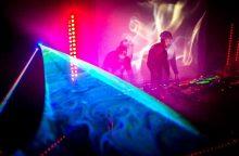 """Elektroninės muzikos atlikėjai """"Black Water"""" dovanoja koncerto įrašą"""