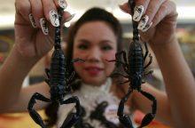 Nauja mada: Meksikoje manikiūras puošiamas skorpionais