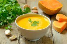 Kaip nesuklysti gaminant trintą sriubą?