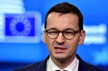 Lenkijos premjeras: ES auga pasipriešinimas pabėgėlių priėmimui