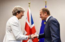"Brexit" deryboms lieka vis mažiau laiko
