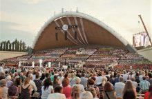 Kviečia atrasti dainuojančią ir šokančią Lietuvą