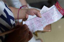 Neįprastas laimingas bilietas: moteris loterijoje laimėjo kapavietę