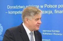 Atsistatydino Lenkijos žemės ūkio ministras