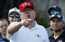 D. Trumpas: JAV dėl migrantų karavano pradės mažinti pagalbą centrinei Amerikai