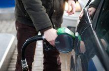 Atliko degalų tyrimą – atskleidė pardavėjų gudravimus: kas brango daugiausiai?
