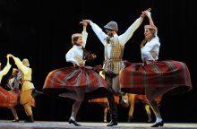 Tradiciniuose šokių vakaruose – ir studentai, ir senjorai
