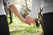 Psichoterapeutė: užsitarnauta meilė virsta prekybos santykiais