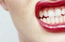 Dantų griežimas – naudingas sveikatai?