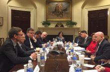 Baltijos šalių ministrai su JAV prezidento patarėju aptarė bendradarbiavimą
