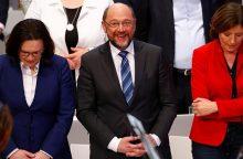 Išeitis iš aklavietės: Vokietijos socdemai – už koalicines derybas su A. Merkel bloku