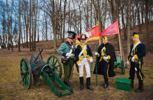 Atidengta Napoleono žygį per Nemuną žyminti lenta