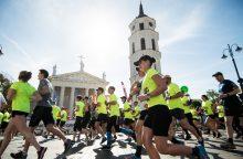 Vilniaus gatves užplūdo bėgikai: daug kur ribojamas eismas